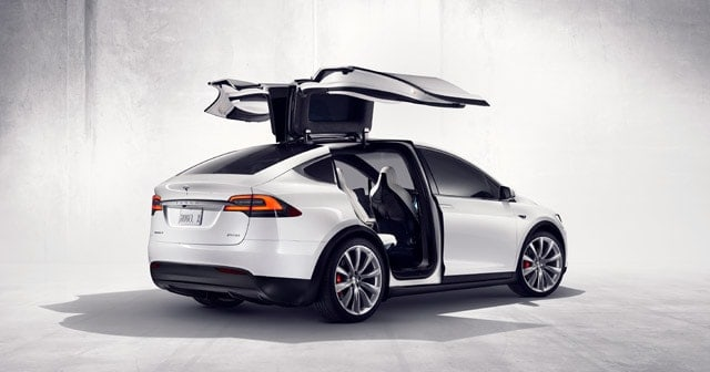 Tesla Taxis Hit the Streets of Kelowna